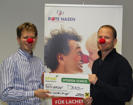 Scheckbergabe Rote Nasen Clowndoctors